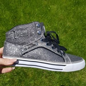G By Guess Womens Silver Metallic Sneakers 7.5